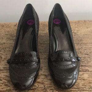 ETIENNE AIGNER Karl Kitten Patent Heels - Size 8.5